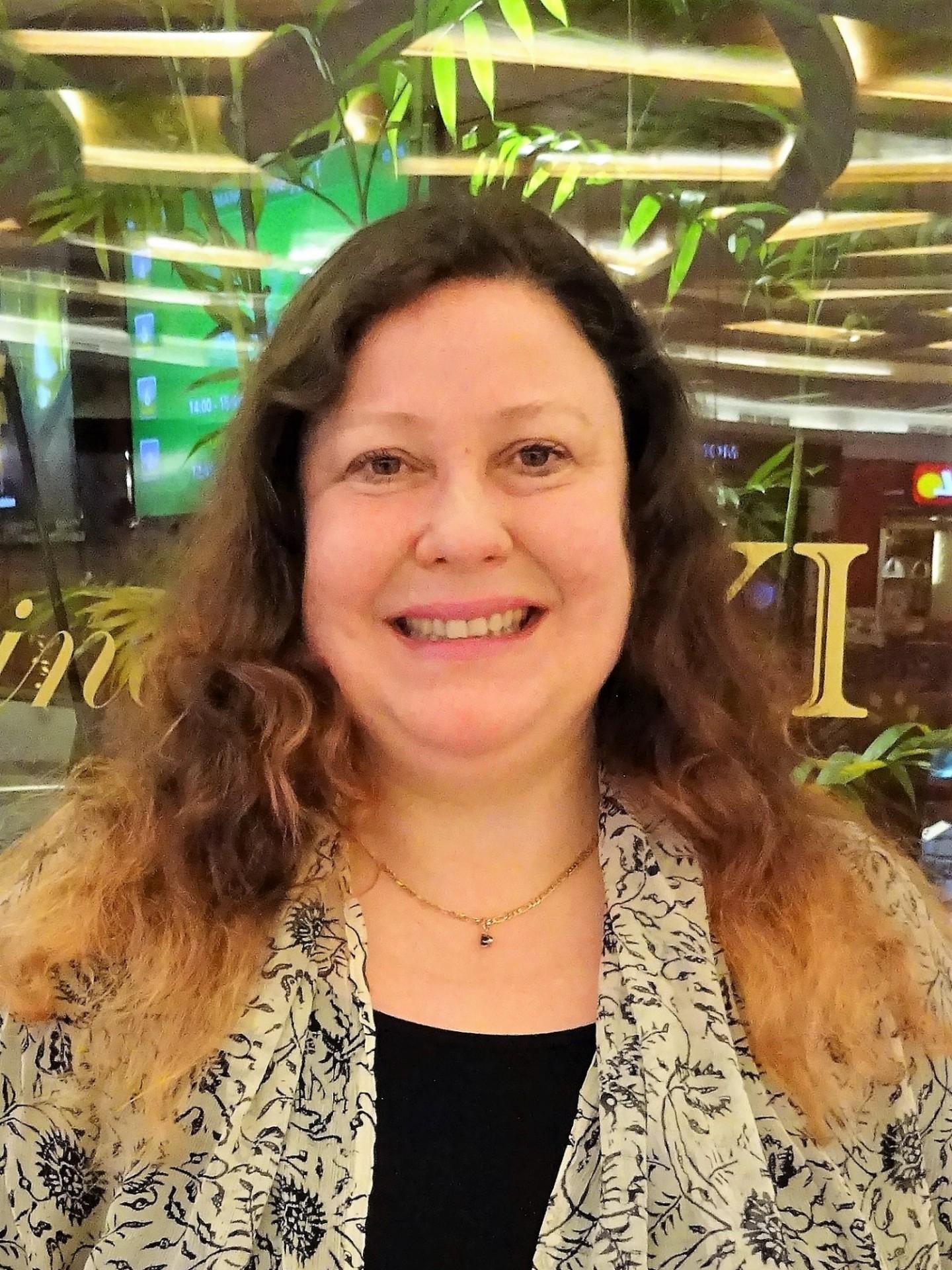 photo of Kirsten E. Schulze